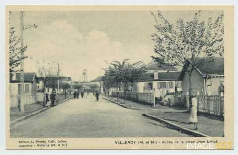 Accès de la place Jean Labbé (Valleroy)