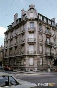 Immeuble d'angle avenue Anatole France (Nancy)